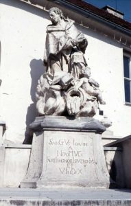 Sandsteinfigur Johannes Neppomuk